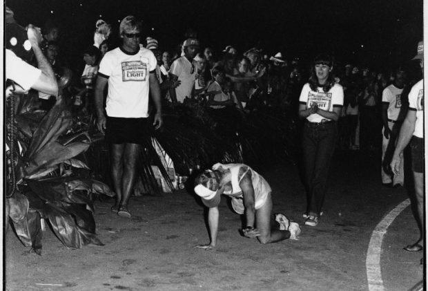 Julie Moss en el final más ajustado de la historia del triatlón ironman de hawaii en 1982
