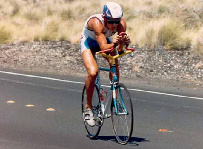 Scott Tinley haciendo historia en el triatlón ironman de hawaii 1985