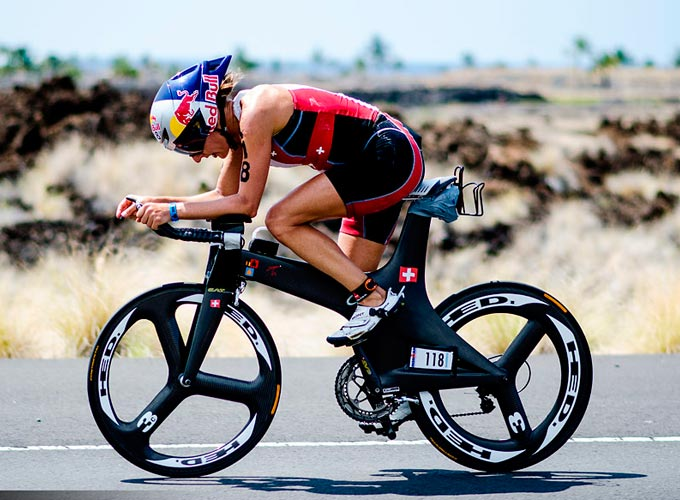natascha badmann una parte importante de la historia del triatlon ironman de hawaii